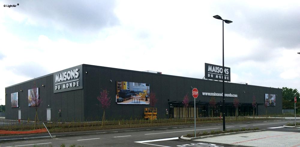 Maison Du Monde Segrate.Enseigne Communicante Maisons Du Monde Lightair