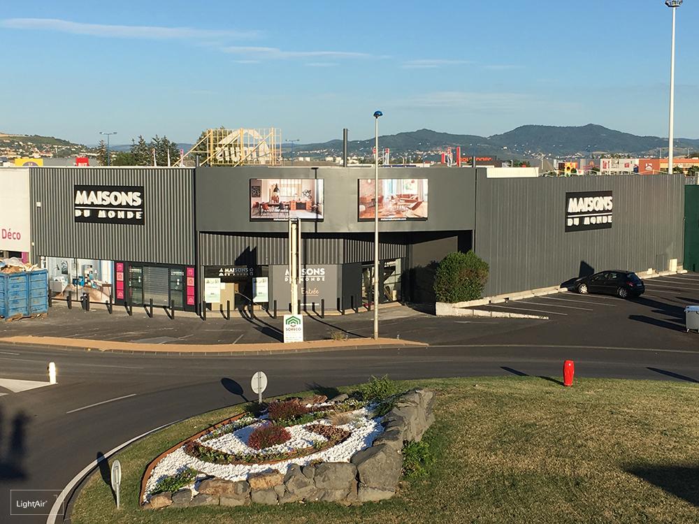 ENSEIGNE COMMUNICANTE : Maisons du Monde Clermont Ferrand   LIGHTAIR